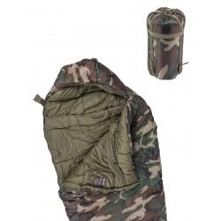 Saco de dormir tipo momia Mil-Tec color camuflaje boscoso.